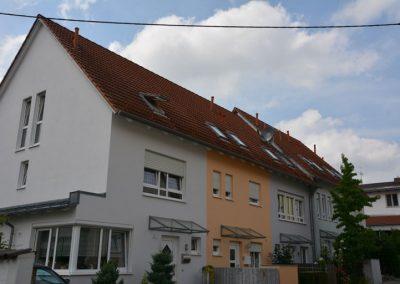 Neugestaltung einer Reihenhauszeile in der Innenstadt Friedbergs